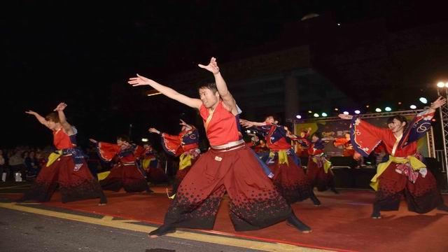 愛河燈會國際之夜 串聯愛情產業鏈吸引龐大人流
