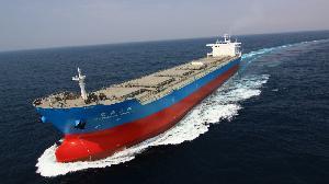 台船加裝岸電系統 改裝壓艙水系統及塢修業務