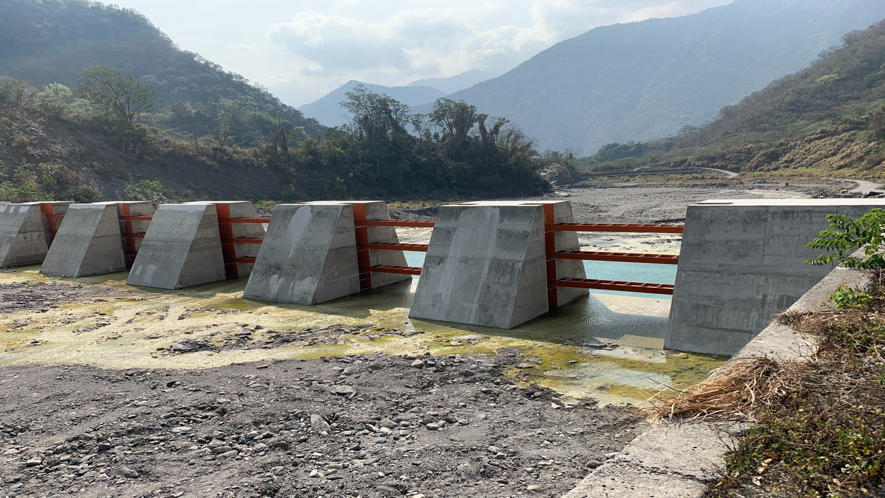 新型態的山林防洪守護者建設 可調式防砂壩