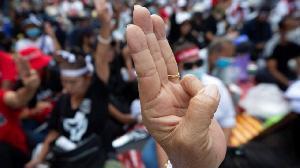 要求釋放翁山蘇姬 緬甸反軍政運動遍地開花