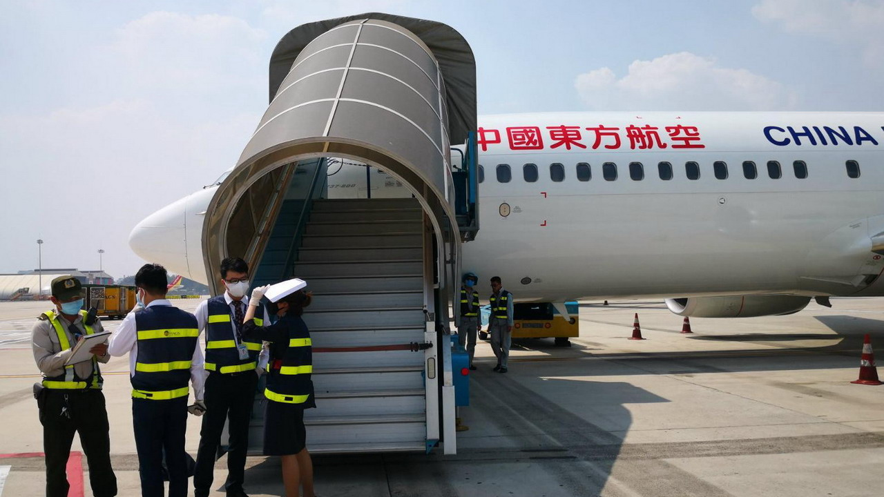 中國包機前往印尼撤僑 189座位僅61人搭機返鄉