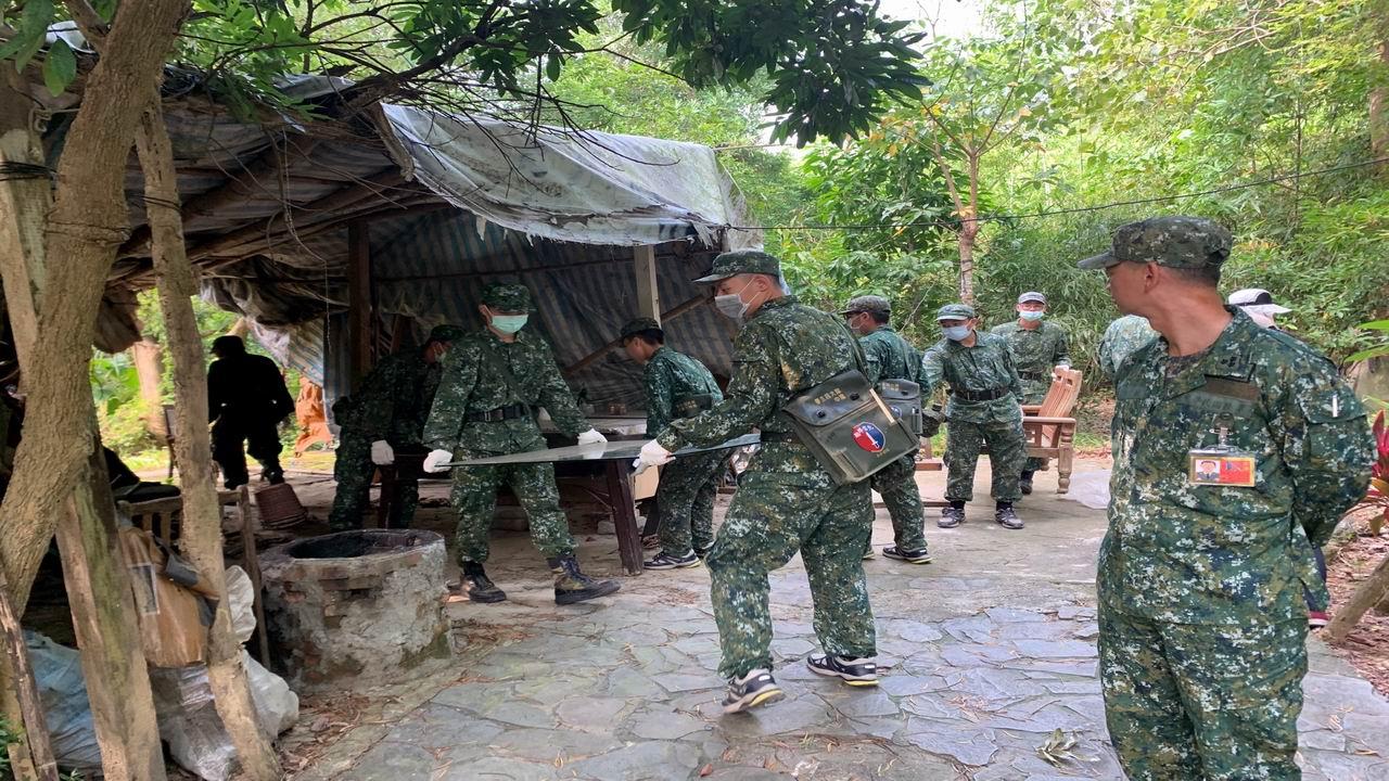 大寮區「民、政、軍」三方協力動員 掃蕩登革熱孳生源