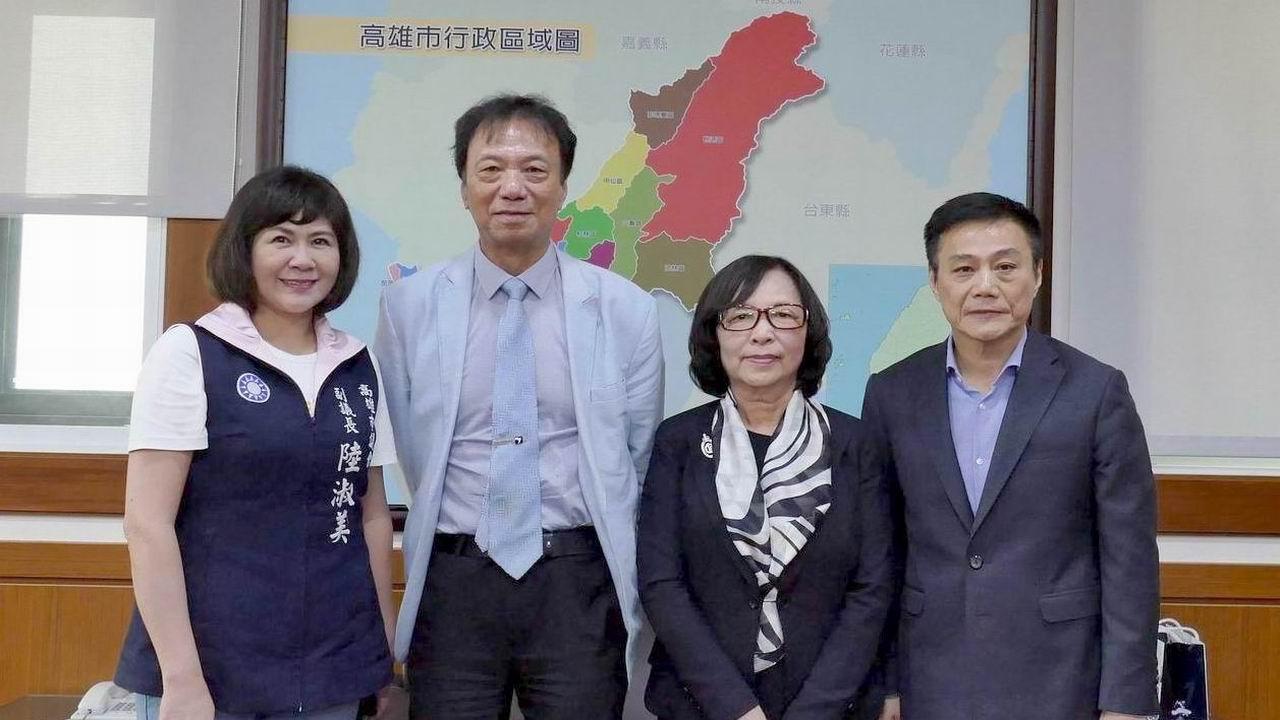 關注高雄二階輕軌 監委楊美鈴、蔡培村拜會議會