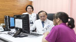 一年6千通電話 高醫獲「乳癌搶救生命王」第一名